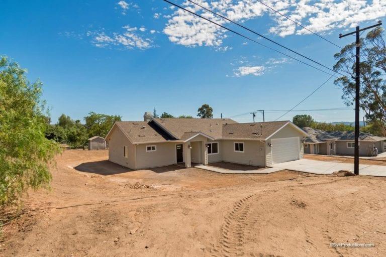 Ranch-Custom-Home-in-Ramona-CA-by-Freemans-Construction-Inc